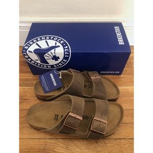 BNIB Birkenstock Arizona Sandals